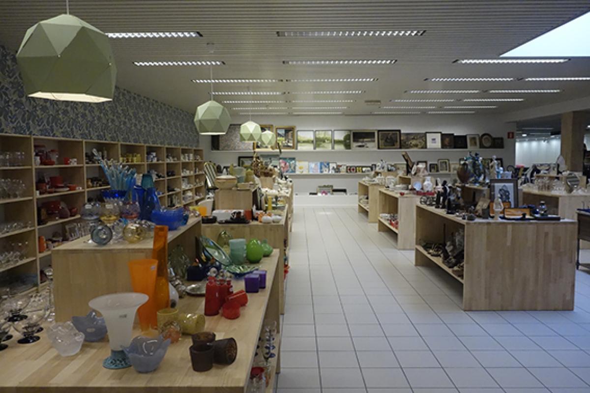 Tweedehands decoratie van de kringwinkel - Plaats van interieur decoratie ...